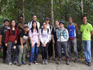Professor David Lohman and students in Thailand.