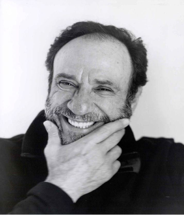 Actor F. Murray Abraham, co-recipient of the 2009 John H. Finley Award from The Alumni Association of The City College of New York.