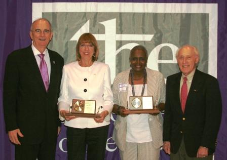 CCNY President Gregory H. Williams (left) and City College Alumni Association President Dan Dicker (right) with 2009 Alumni Association Honorees Joan Newman (second from left) and Joyce Conoly-Simmons (second from right).