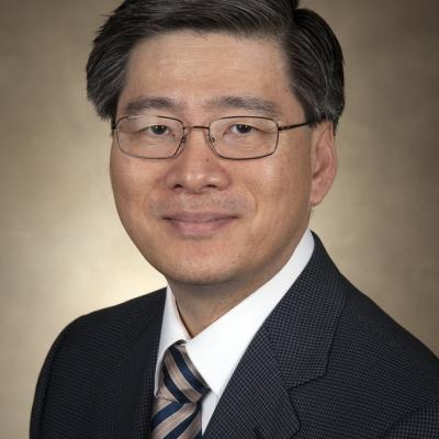 CCNY electrical engineer Bruce Kim